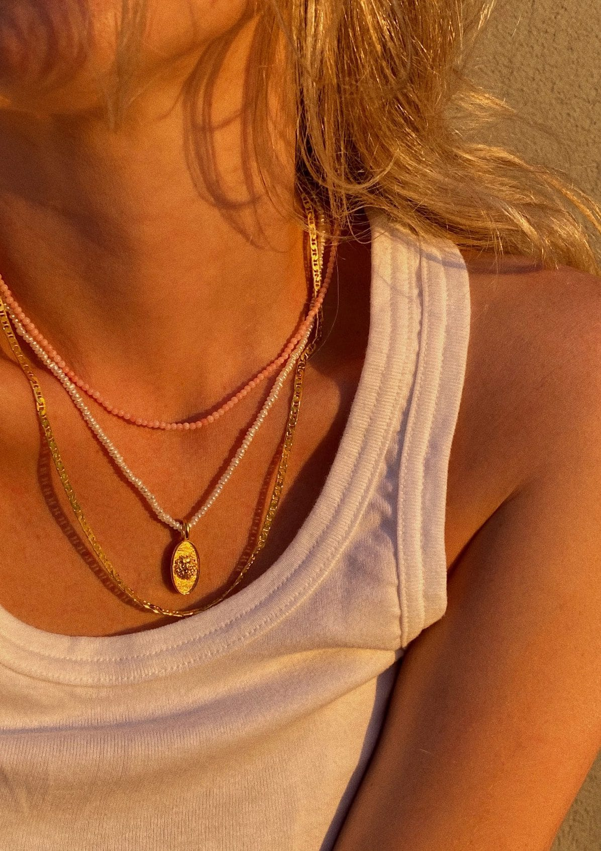 LEO PEARL NECKLACE
